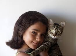 gatto bambina