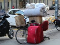 9 moving-by-bike-680224_1920